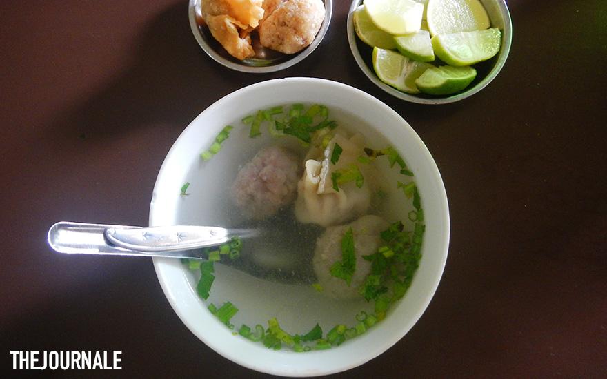 Makanan khas Indonesia dari Tana Toraja Nyuknyang Babi
