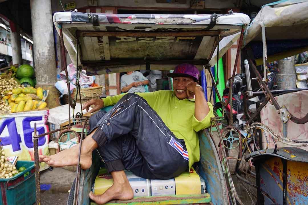 Pagi di Singkawang: Jelajah Pasar Turi