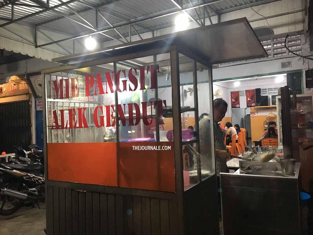 Wisata Kuliner Jambi Mie Pangsit Alex Gendut