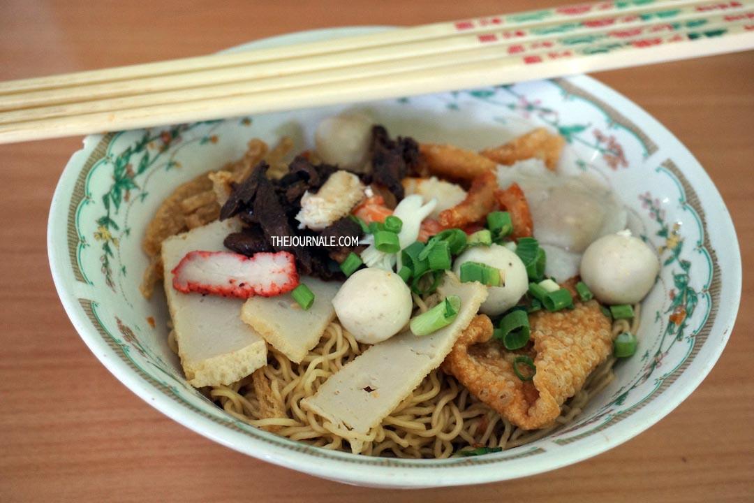 Wisata Kuliner Pontianak Bakmi Kepiting Dju Hui